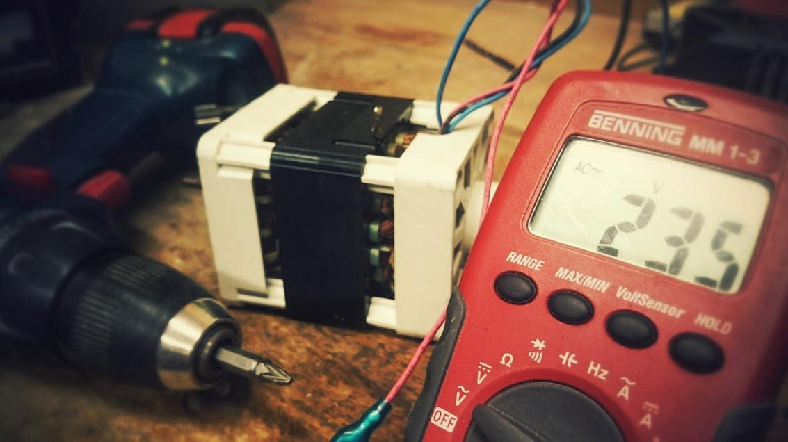 Avvitatore elettrico per essere veloci e precisi